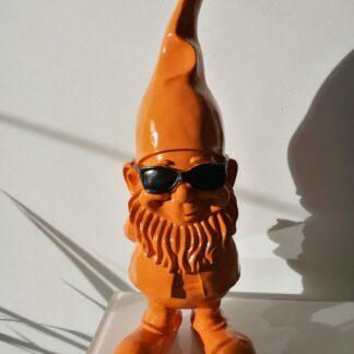 tuinkabouter met zonnebril oranje